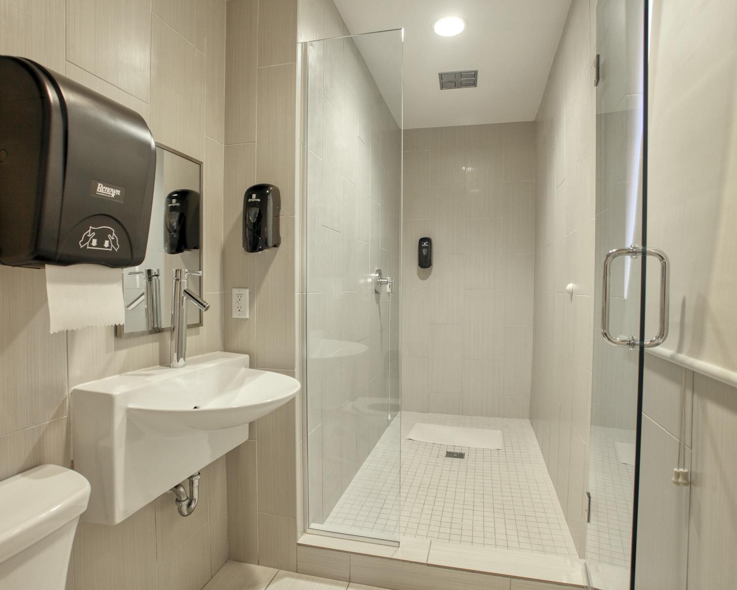 Fort Lauderdale detox center image 36 a large clean shower for when that helps