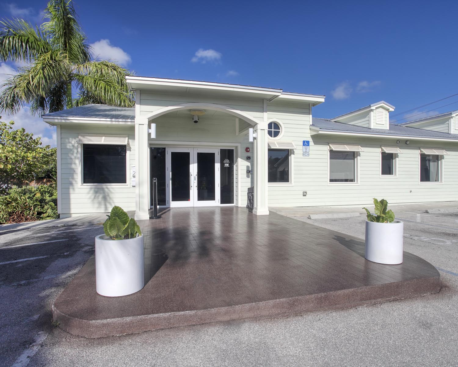 Fort Lauderdale detox center image 5 twenty four hour admissions every day even holidays